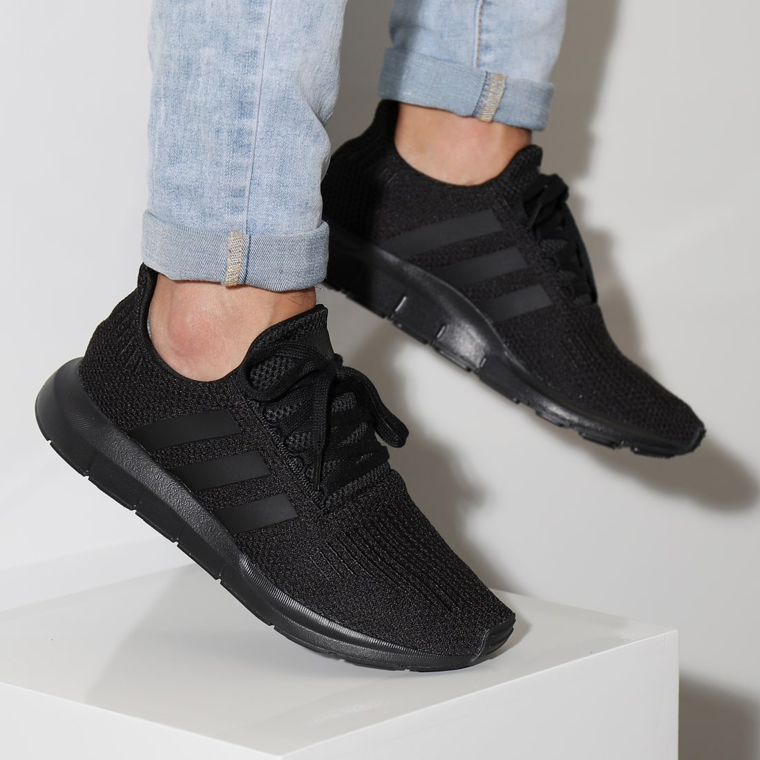 adidas Baskets Swift Run AQ0863 Core Black Footwear White