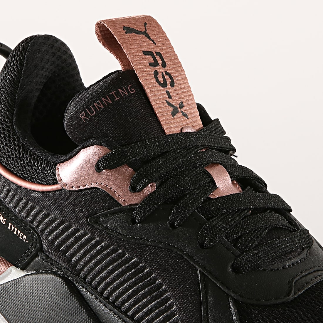 Puma Baskets Femme RS X Trophy 369451 04 Black Rose Gold