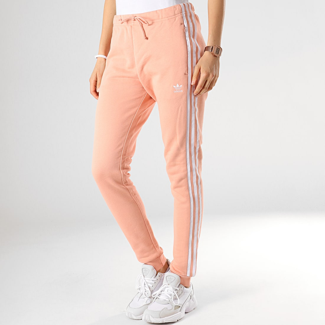 adidas - Pantalon Jogging Femme Avec Bandes Regular DV2600 ...