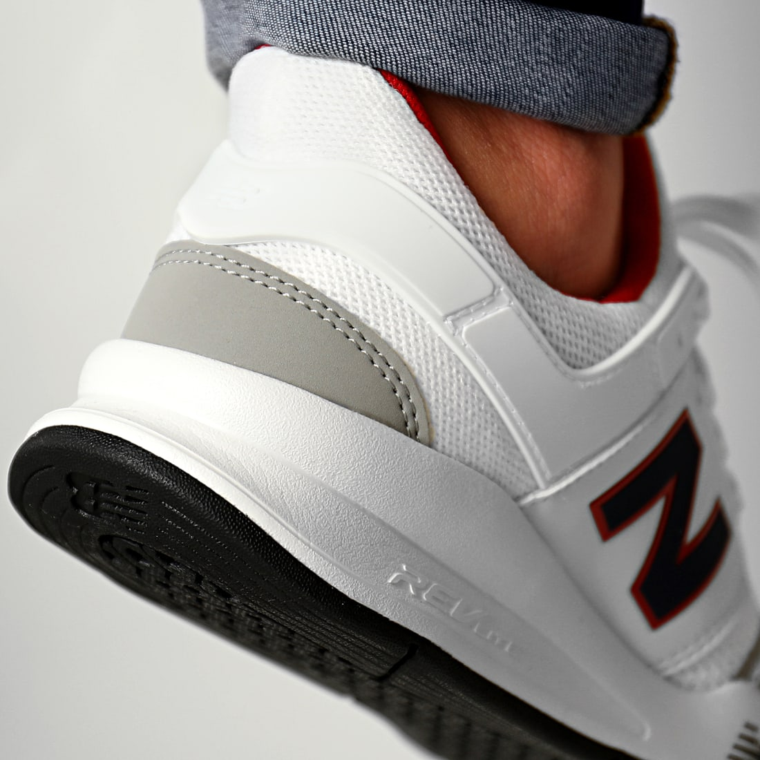 new balance 247 blanche