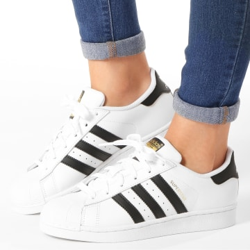 Baskets Femme Superstar C77154 Footwear White Black