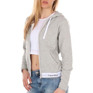 Calvin Klein - Sweat Zippé Capuche Femme QS5667E Gris Chiné