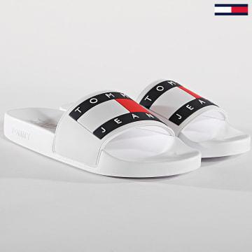 Tommy Hilfiger - Claquettes Flag EM0EM00284 Blanc