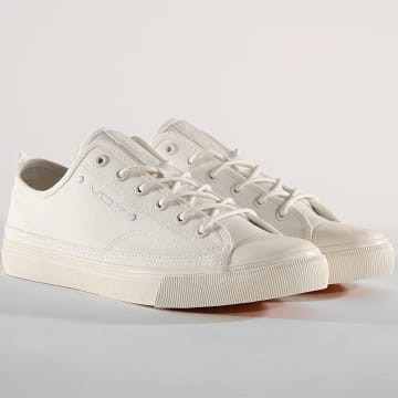 Vo7 - Baskets Pana White