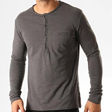 Tee Shirt Manches Longues Poche F966 Gris