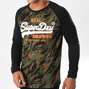Superdry - Tee Shirt Manches Longues Vintage Logo Camo Raglan Vert Kaki Camouflage Noir