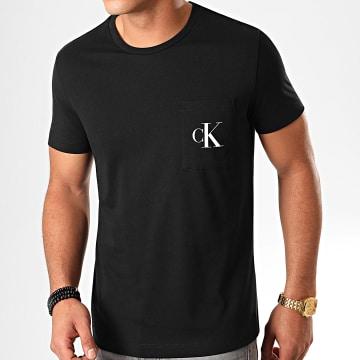 Calvin Klein - Tee Shirt Poche Slim Monogram 5578 Noir