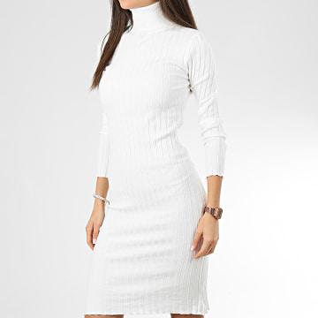 Robe Pull Col Roulé D934 Blanc