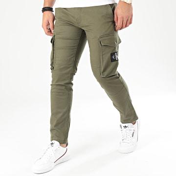 Calvin Klein - Pantalon Cargo Washed 4147 Vert Kaki