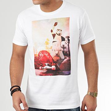 Star Wars - Tee Shirt Trooper Skateboarder Blanc