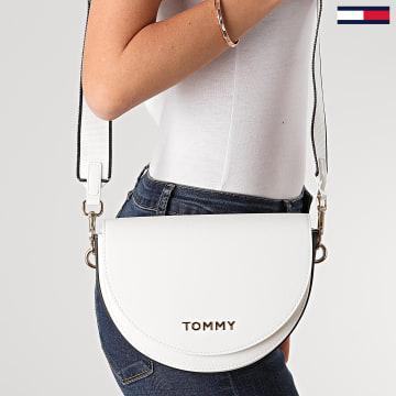 Tommy Hilfiger - Sac A Main Femme Staple Saddle 8226 Blanc