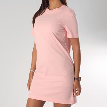 Calvin Klein - Robe Tee Shirt Femme Institutional 3702 Rose