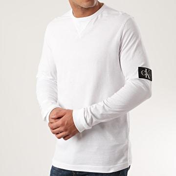 Calvin Klein - Tee Shirt Manches Longues Badge Sleeve 5108 Blanc