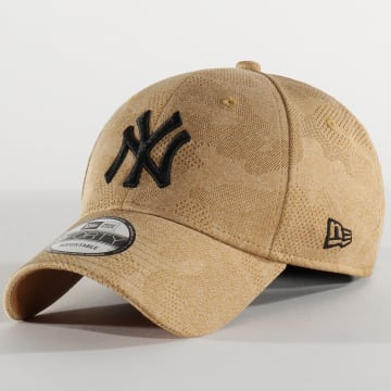 Casquette 9Forty Engineered Plus 12287056 New York Yankees Café