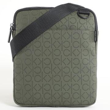 Calvin Klein - Sacoche Monogram Blend Flat 5685 Vert Kaki