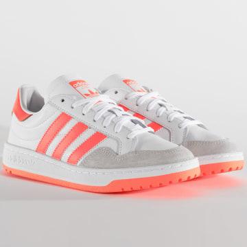 Adidas Originals - Baskets Femme Team Court EF6071 Footwear White Signal Coral Core Black