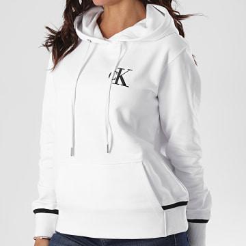 Calvin Klein - Sweat Capuche Femme CK Embroidery Tippin 4213 Blanc