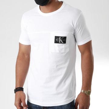 Calvin Klein - Tee Shirt Poche Monogram Badge 5612 Blanc