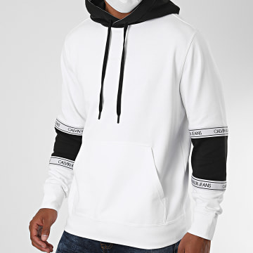 Calvin Klein - Sweat Capuche Blocking Logo Tape 6052 Blanc Noir