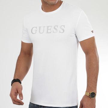 Guess - Tee Shirt M0YI08-J1300 Blanc Argenté