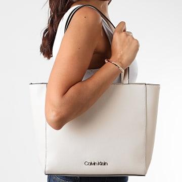 Calvin Klein - Sac A Main Femme Must Shopper 6665 Blanc