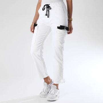 Girls Only - Pantalon Cargo Femme DZ552 Blanc