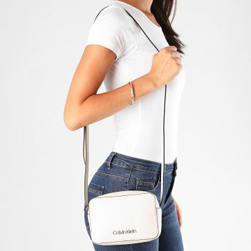 Calvin Klein - Sac A Main Femme Must Camera 6759 Beige