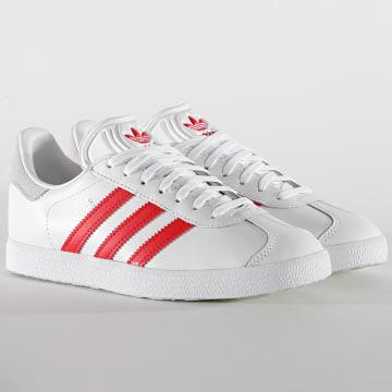 Adidas Originals - Baskets Femme Gazelle FU9909 Footwear White Lush Red Cry White