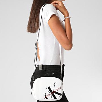 Calvin Klein - Sac A Main Femme Camera Bag 6854 Blanc