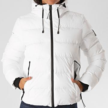 Superdry - Doudoune Capuche Femme Spirit Sports W5010286A Blanc
