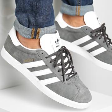 Adidas Originals - Baskets Gazelle BB5480 Dark Grey White Gold Metallic