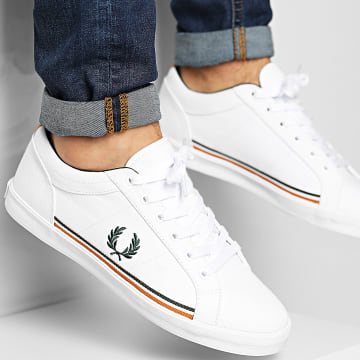 Fred Perry - Baskets Baseline Twill B9113 White