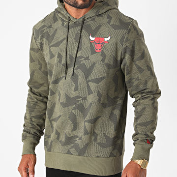 New Era - Sweat Capuche Chicago Bulls Geometric Camouflage 12485749 Vert Kaki