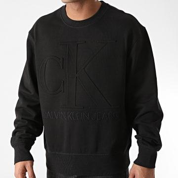 Calvin Klein - Sweat Crewneck Embossed 5702 Noir