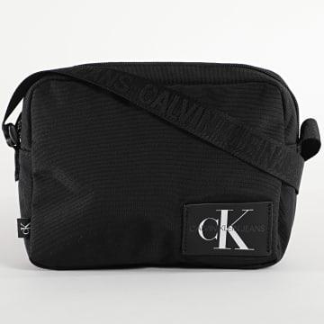 Calvin Klein - Sacoche Camera 7183 Noir
