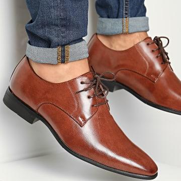 Classic Series - Chaussures U558 Cognac