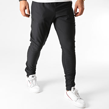 Under Armour - Pantalon Jogging 1313201 Noir