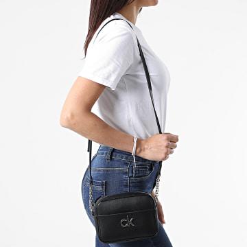 Calvin Klein - Sac A Main Femme Camera Bag 6677 Noir Argenté
