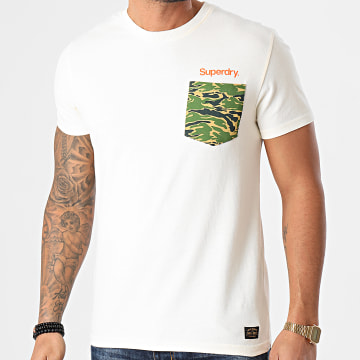 Superdry - Tee Shirt Poche Camouflage Classic Canvas M1010354A Beige