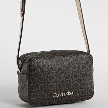 Calvin Klein - Sac A Main Femme Camera Bag 7449 Marron