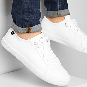 Calvin Klein - Baskets Vulcanized Sneaker Lace Up 0068 Bright White