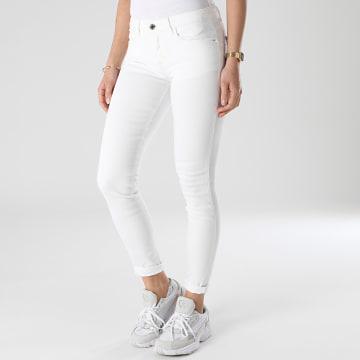 Guess - Jean Skinny Femme W1GAJ2-D4DM1 Blanc