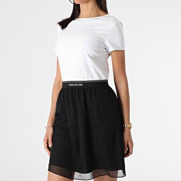 Calvin Klein - Robe Femme Manches Courtes 5692 Blanc Noir