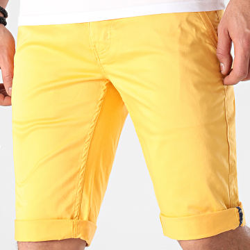 American People - Short Chino Most Jaune