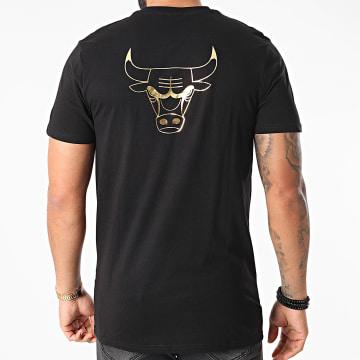 New Era - Tee Shirt Metallic Tee Chicago Bulls 12590868 Noir Doré