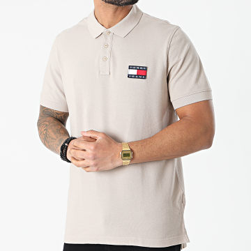 Tommy Jeans - Polo Manches Courtes Tommy Badge 0327 Beige