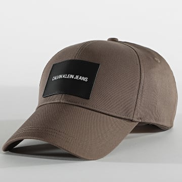 Calvin Klein - Casquette Patch 6572 Taupe