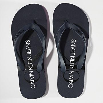 Calvin Klein - Tongs Beach Sandal Monogram 0055 Bleu Marine