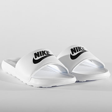 Nike - Claquettes Nike Victori One White