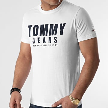 Tommy Jeans - Tee Shirt Center Chest Graphic 0243 Blanc